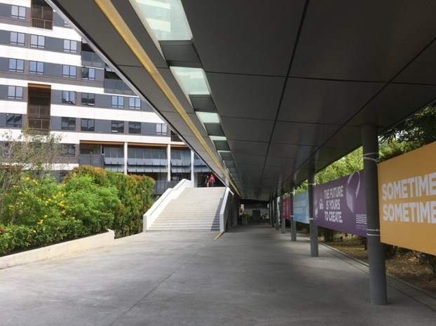 The walkway towards the hostel